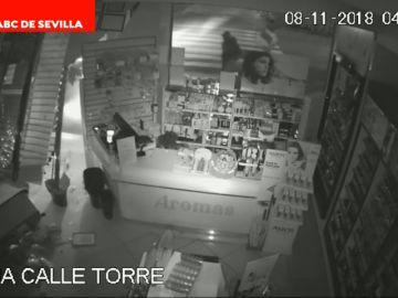 Alunizaje en menos de un minuto en Sevilla