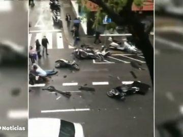 REEMPLAZO Un coche pierde el control y atropella a varios peatones en Barcelona