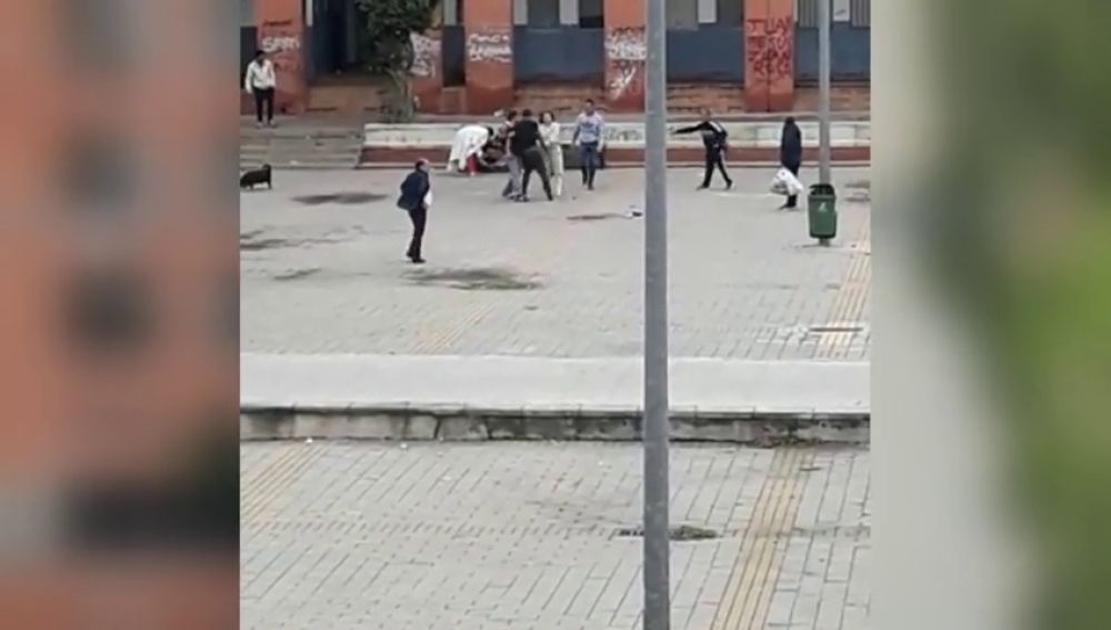 Un muerto y cinco heridos en una brutal pelea entre dos familias en un barrio de Córdoba