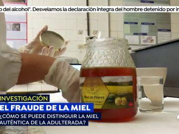 'Espejo Público' desmonta el truco para distinguir la miel auténtica de la adulterada