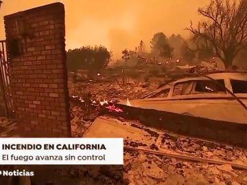 El fuego vuelve a cebarse con California: hay al menos cinco muertos y 150.000 vecinos han sido desalojados