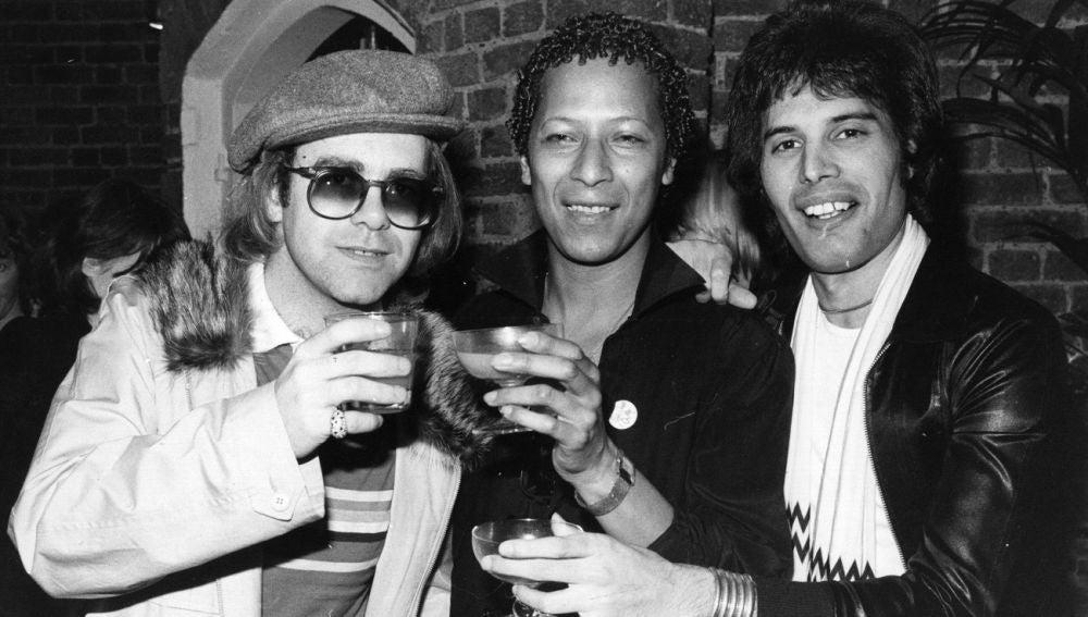 Elton John, Peter Straker y Freddie Mercury