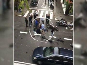 Un coche atropella a varios peatones en Barcelona