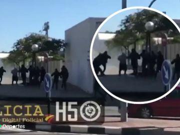 Siete heridos y tres detenidos en una multitudinaria pelea entre aficionados del Hércules y del Castellón