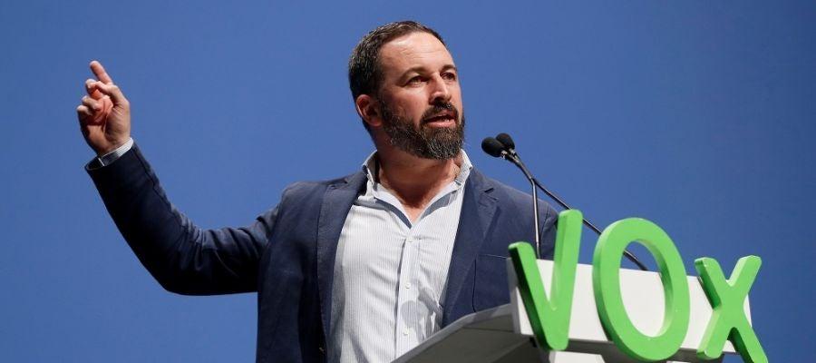 Santiago abascal visita 39 espejo p blico 39 para tomarse 39 un for Antena 3 espejo publico hoy