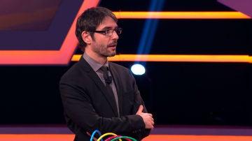 """VÍDEO: La emotiva historia que se esconde detrás de la confesión de un concursante: """"Me convertí en Iron Man"""""""