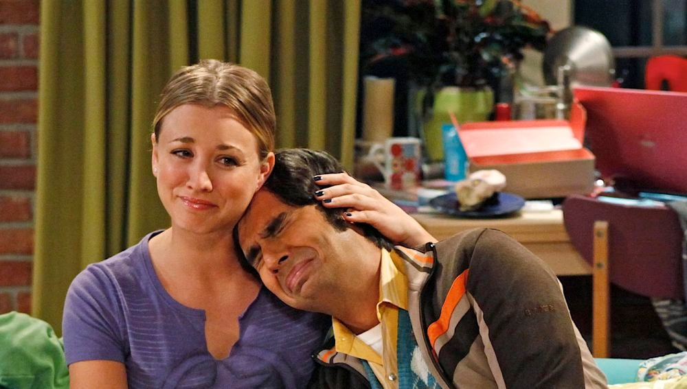 Penny y Raj en 'The Big Bang Theory'