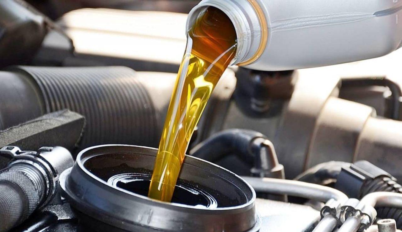 Cambiar aceite del motor lubricante mitos