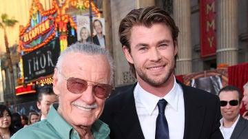 Stan Lee con Chris Hemsworth