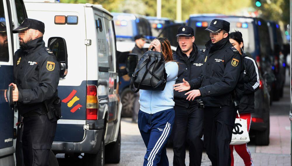 La Policía Nacional está llevando a cabo una operación en Madrid contra la explotación sexual de mujeres