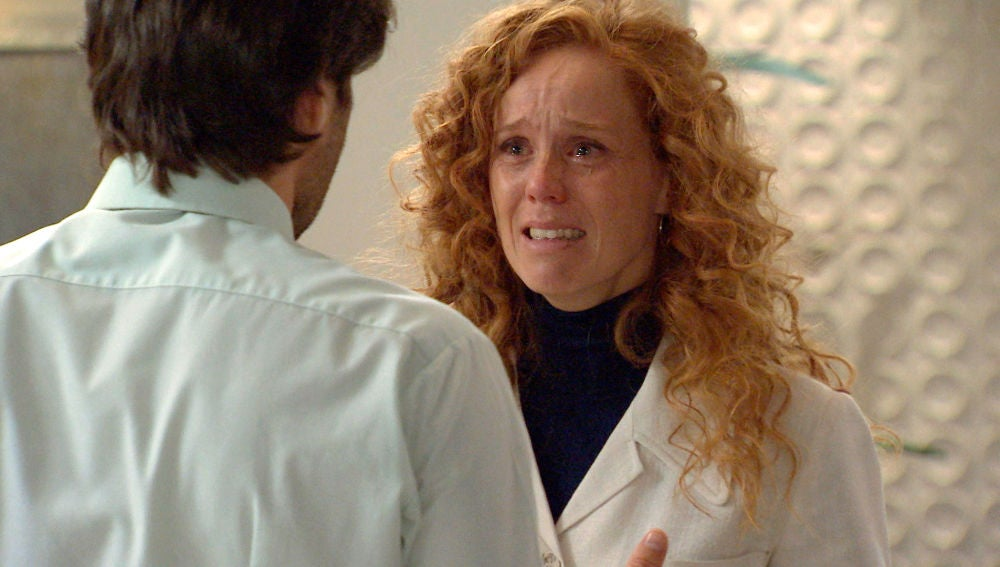 Natalia sufre un grave ataque de ansiedad que preocupa a Gabriel