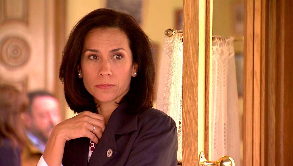 Manolita sospecha cuál es el secreto de Silvia