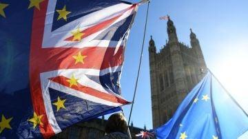 """Reino Unido y Unión Europea llegan a un acuerdo clave a """"nivel técnico"""" sobre el 'brexit'"""