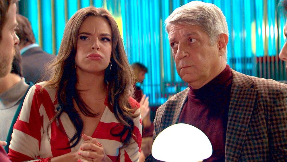 María desmonta el ridículo plan de Marcelino e Ignacio ante su director