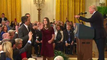 Trump da marcha atrás y restituye al periodista de la CNN Jim Acosta como corresponsal