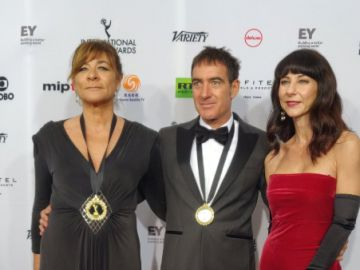Los actores y el equipo de 'La casa de papel' reaccionan tras ganar un Emmy Internacional