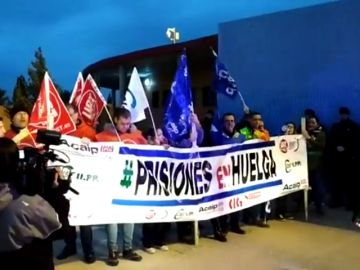 Séptima jornada de huelga de los funcionarios de prisiones
