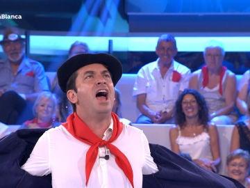 Arturo Valls hace la competencia a Edurne con su famoso grito