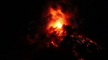 El volcán de Fuego obliga a evacuar a más de cinco mil personas en Guatemala