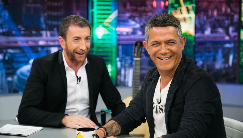 """VÍDEO - EL HORMIGUERO 3.0: El 'zasca' de Alejandro Sanz a Pablo Motos en 'El Hormiguero 3.0': """"¿Qué se siente ser el tercer Pablo de España?"""""""