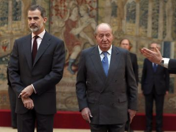 El Rey Felipe VI y Don Juan Carlos
