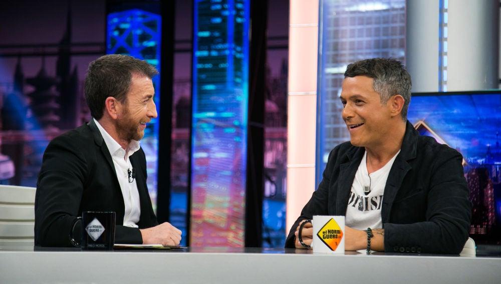 VÍDEO: El ritual que Alejandro Sanz sigue antes de lanzar un nuevo disco