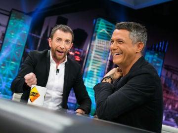 VÍDEO: Pablo Motos y Alejandro Sanz recuerdan buenos momentos compartidos con Paco de Lucía