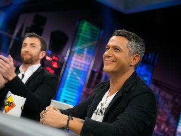 """VÍDEO: La bonita historia que esconde 'No tengo nada', el nuevo single de Alejandro Sanz: """"Vivir el presente con la gente que quieres"""""""