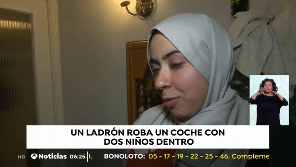 """La mujer a la que le robaron el vehículo con sus hijos dentro: """"Llegué a sujetar la puerta del coche y le dije que parara"""""""