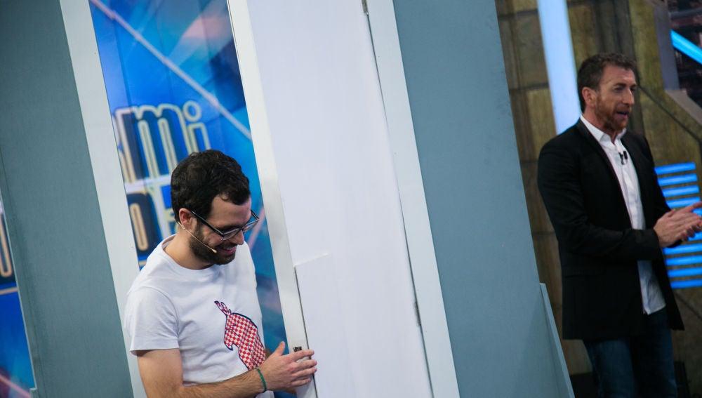 VÍDEO: 'El Hormiguero 3.0' presenta la primera puerta que se abre con toques