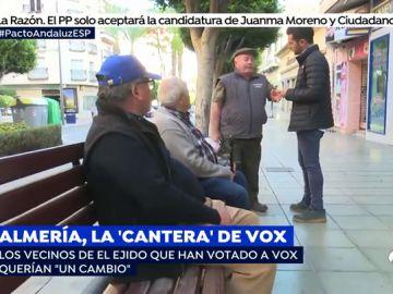 """Los vecinos de Almería reclaman un cambio apoyando a VOX: """"El que trabaja, que se quede y el que no, que se vaya a Marruecos"""""""
