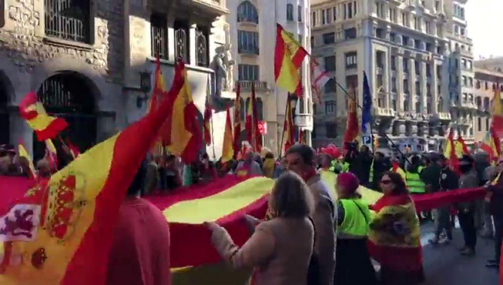 Comienza la movilización para conmemorar el 40 aniversario de la Constitución en Barcelona