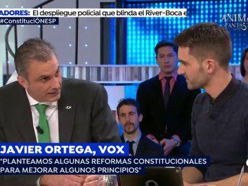 """Rifirrafe entre el Secretario General de Vox y el portavoz del Diario Ara: """"Usted habla de reformas y se salta la Constitución cuando no le interesa"""""""
