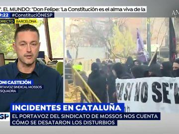 """Mossos d'Esquadra heridos tras el intenso enfrentamiento entre grupos de radicales: """"Nos tiraron vallas, lejía y piedras"""""""