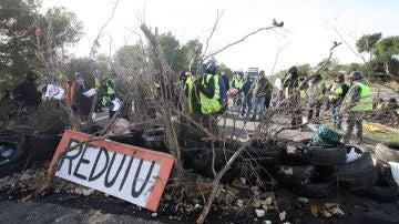Imagen de los cortes en la AP-7 durante las protestas de los CDR
