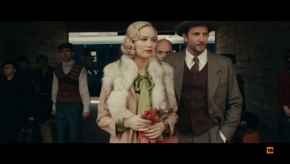 Antena 3 emite 'Serena' con Jennifer Lawrence y Bradley Cooper