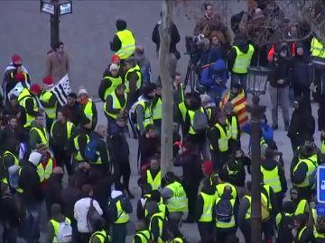 Arrestan a 177 personas en París para impedir actos violentos en las protestas de los 'chalecos amarillos 'de este sábado
