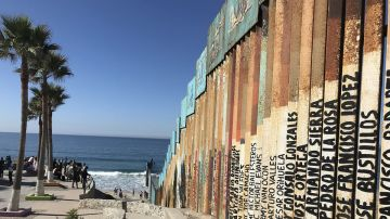Frontera de Tijuana con EEUU