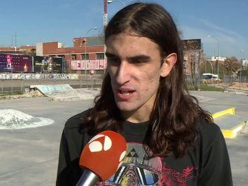"""Marcelo, el único 'skater' ciego de España: """"Me ayudó a salir de la depresión y a sentirme yo mismo otra vez"""""""