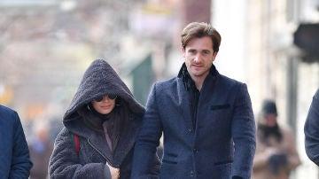 Camila Cabello, de la mano junto a su novio, Matthew Mussey
