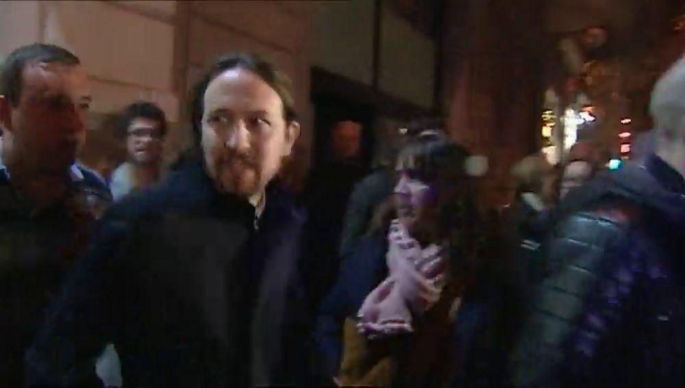 Un grupo ultra hace un escrache a Pablo Iglesias en Barcelona