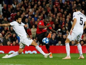 Momento del partido entre Valencia y Manchester United