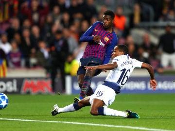 Dembelé dispara a puerta contra el Tottenham