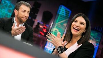 """Laura Pausini le enseña a Pablo Motos que taco italiano puede utilizar con frecuencia: """"Es la pinga"""""""