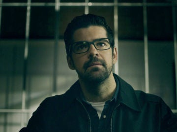 """Jon visita a Elena en la cárcel: """"Ahora sé que eres inocente"""""""