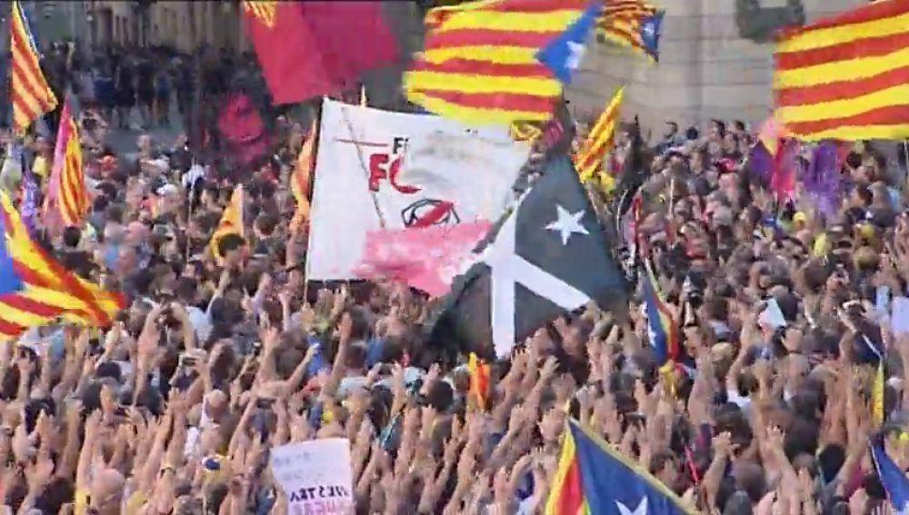 Una oficina de la Generalitat se dedica a denunciar a los contrarios al proceso independentista