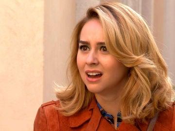 Luisita trata de confesarle a Amelia sus sentimientos pero Sara se interpone
