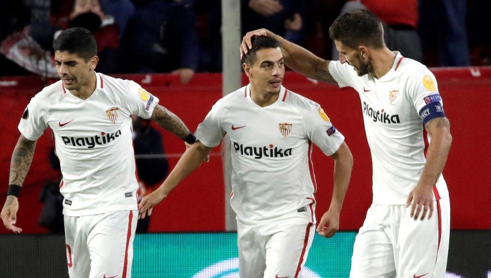 Ben Yedder celebra uno de sus goles contra el Krasnodar