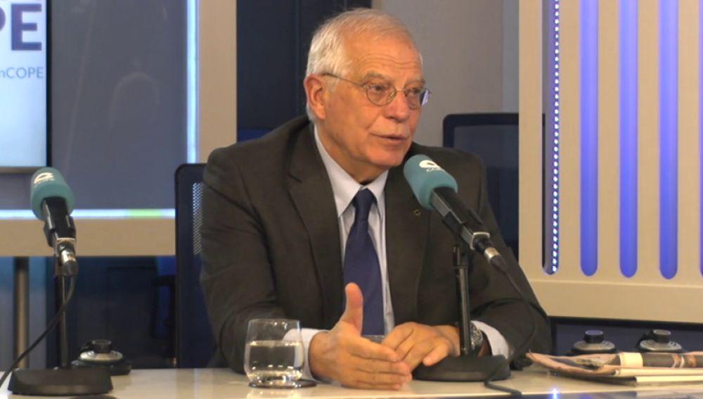 """Borrell: """"Si la Generalitat no garantiza el orden público se hacen cargo la Policía Nacional y la Guardia Civil"""""""