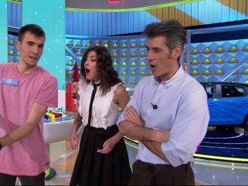 El truco de magia que deja boquiabiertos a Jorge Fernández y Laura Moure